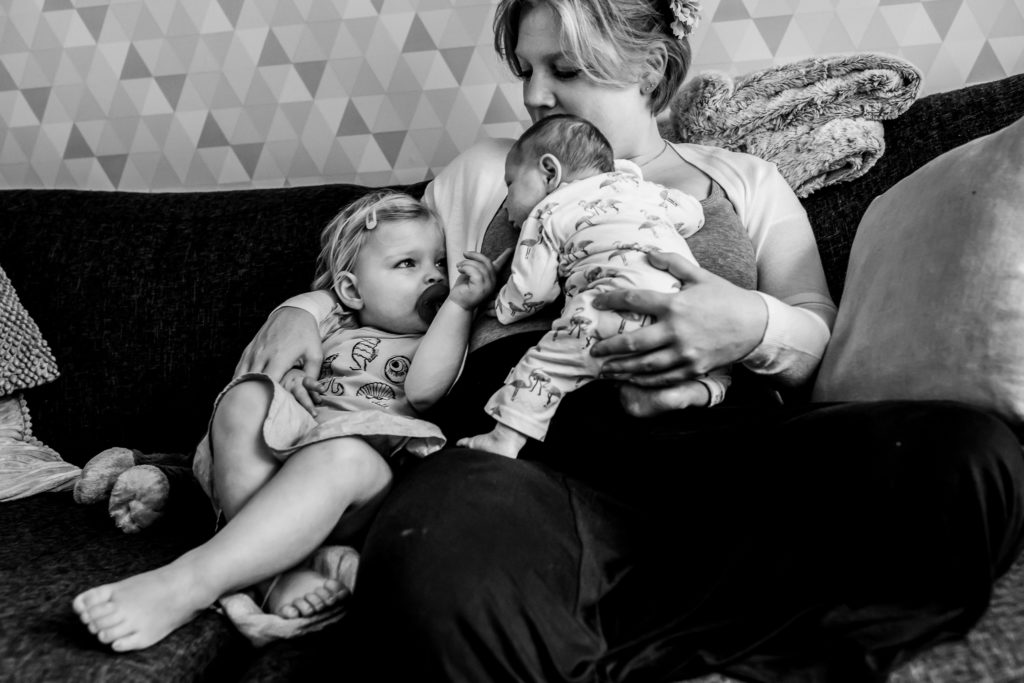 lifestylereportage, lifestyle, lifestylefotografie, dinsdagmorgen, fotograaf, babet, lorijn, day in the life, day part, day, newborn, pasgeboren, peuter, dreumes, levenstijl, style, familie, gezin, gezinsfotografie, familiefotografie, gezinsreportage, dongen, brabant, familiererportage