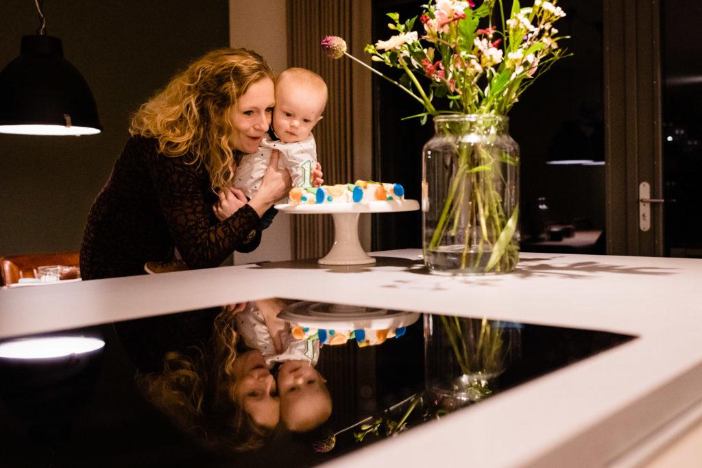 liefdemoetjevieren, babet trommelen fotografie, dagelijkse dingen, foto's zijn zo waardevol, lifestylereportage, baby, mijneerstejaartje, mijn eerste jaar, brabantse fotograaf, dongen, fotograaf brabant, fotograaf dongen, fotograaf, babyfotograaf, gezinsfotografie