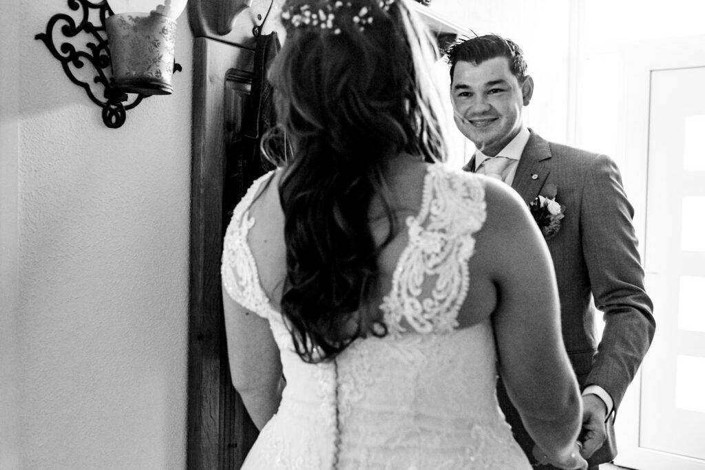 LIEFDEMOETJEVIEREN-Domaine-heerstaayen-strijbeek-trouweninbrabant-bruidsfotograaf-brabant-trouwen-bruiloft-2