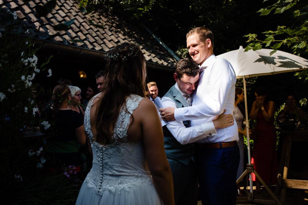 LIEFDEMOETJEVIEREN-Domaine-heerstaayen-strijbeek-trouweninbrabant-bruidsfotograaf-brabant-trouwen-bruiloft-36