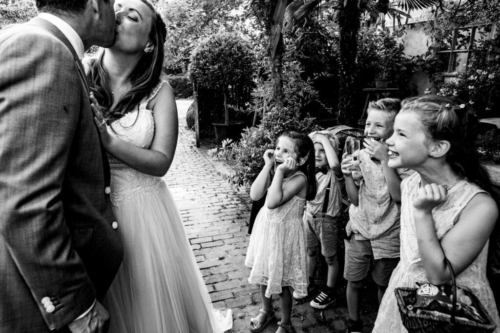 LIEFDEMOETJEVIEREN-Domaine-heerstaayen-strijbeek-trouweninbrabant-bruidsfotograaf-brabant-trouwen-bruiloft-40
