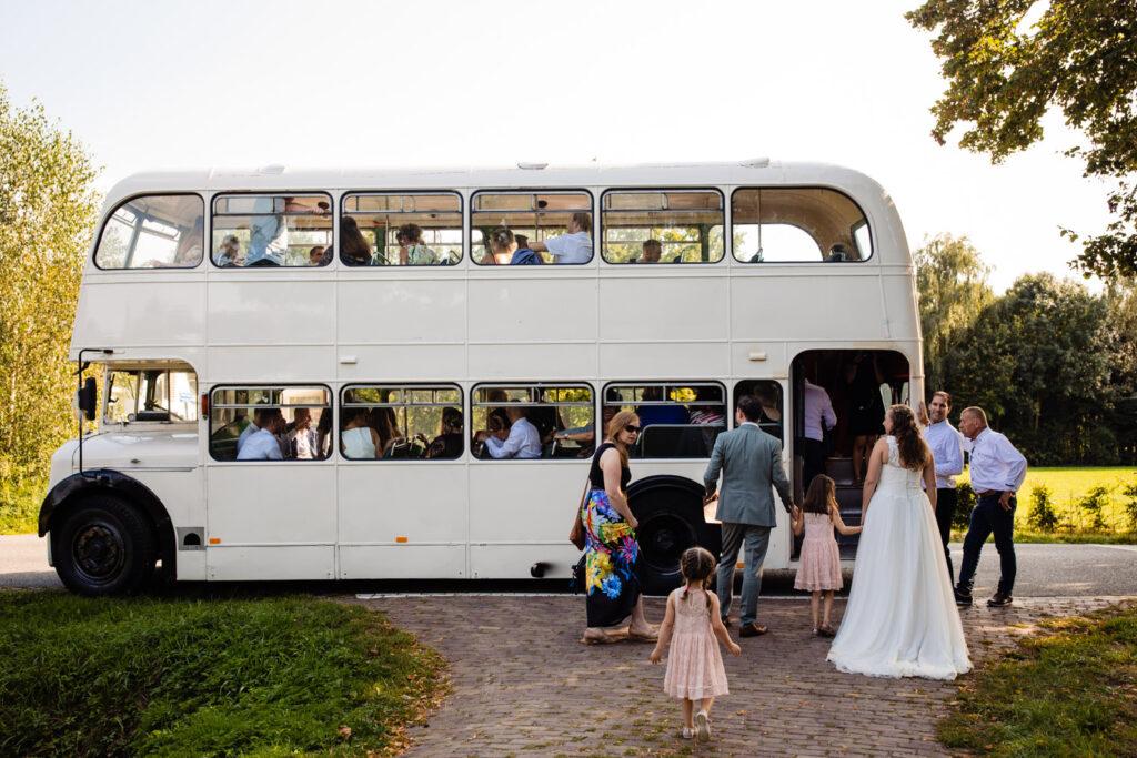 LIEFDEMOETJEVIEREN-Domaine-heerstaayen-strijbeek-trouweninbrabant-bruidsfotograaf-brabant-trouwen-bruiloft-42