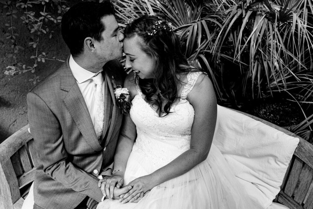LIEFDEMOETJEVIEREN-Domaine-heerstaayen-strijbeek-trouweninbrabant-bruidsfotograaf-brabant-trouwen-bruiloft-9