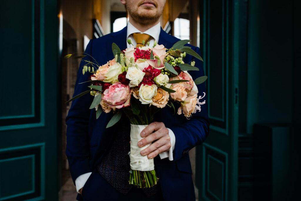 LIEFDEMOETJEVIEREN-Huize-Frankendael-restaurant-merkelbach-trouwen-amsterdam-bruidsfotograaf-trouwenindewinter-5