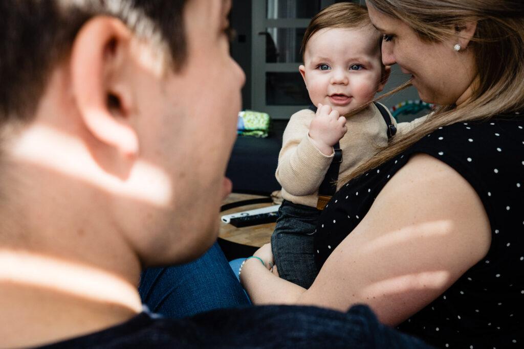 LIEFDEMOETJEVIEREN-mijn-eerste-jaartje-luuk-fotograaf-fotografie-lifestylefotografie-lifestylereportage-brabant-mijneerstejaartje-23