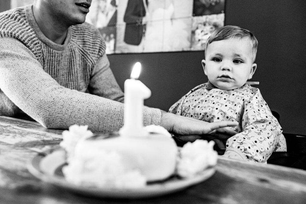 LIEFDEMOETJEVIEREN-mijn-eerste-jaartje-luuk-fotograaf-fotografie-lifestylefotografie-lifestylereportage-brabant-mijneerstejaartje-30