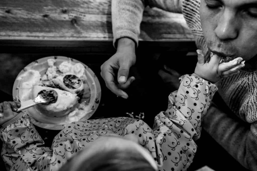 LIEFDEMOETJEVIEREN-mijn-eerste-jaartje-luuk-fotograaf-fotografie-lifestylefotografie-lifestylereportage-brabant-mijneerstejaartje-32